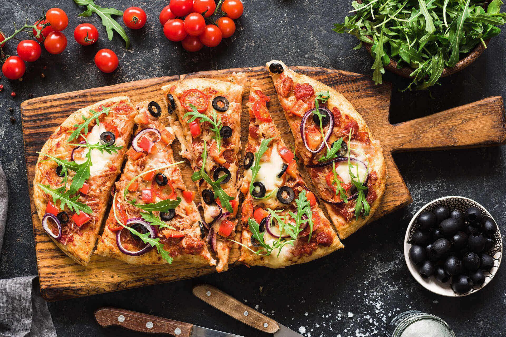 Our lunch menu consists of soups, salads, sandwiches, wraps & pizzas.